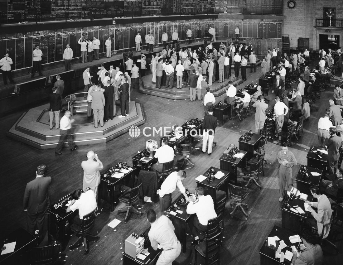 Historical Photo Trading Floor Future Options Risk Management