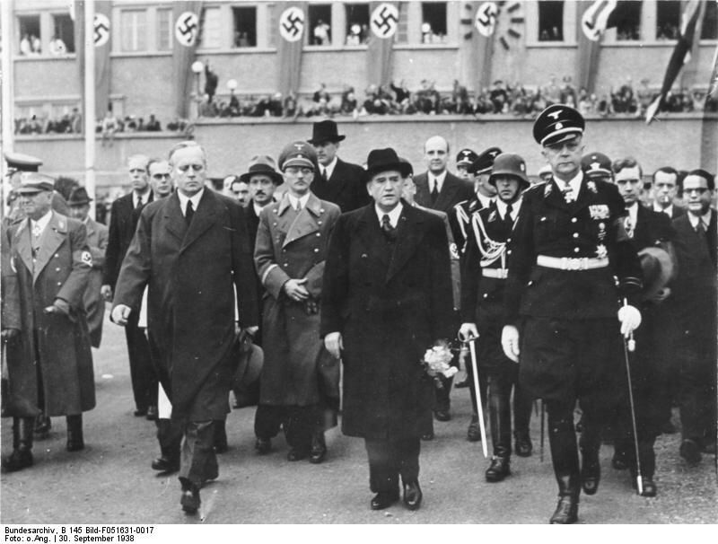 Daladier Leaving The Munich Conference 30 Sep 1938 Munich 1938