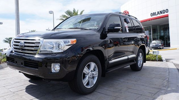 Looking for a luxurious way to conduct your holiday travels? Check out the 2013 Toyota Land Cruiser in Orlando - it's an amazingly plush and comfy way to get around! Visit Toyota of Orlando today.     http://blog.toyotaoforlando.com/2012/11/toyota-of-orlando-helps-you-plan-your-holiday-road-trips/