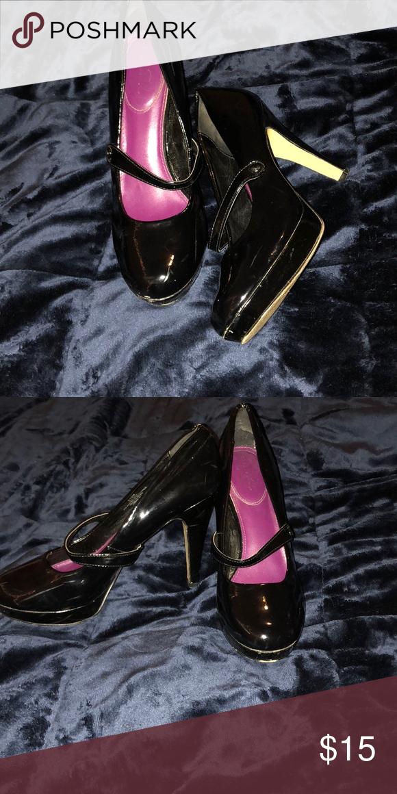 Pin von auf NYX Bestecke | Pumps, Shoes