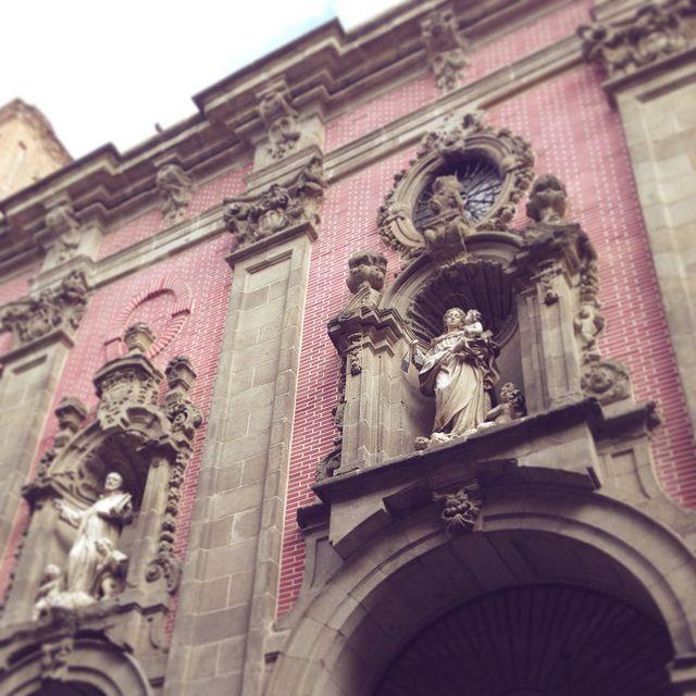 Madrid #exterior #pink