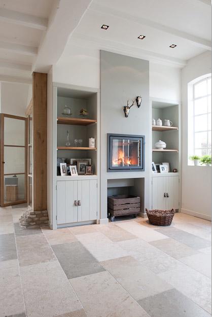 Woning met natuursteen tegels bourgondische dallen beaune kersbergen natuursteen vloer - Keukenmeubelen rustiek ...