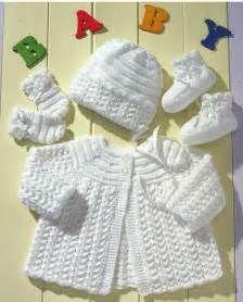 0ddd0a7ac21 The 25+ best Newborn knit hat ideas on Pinterest