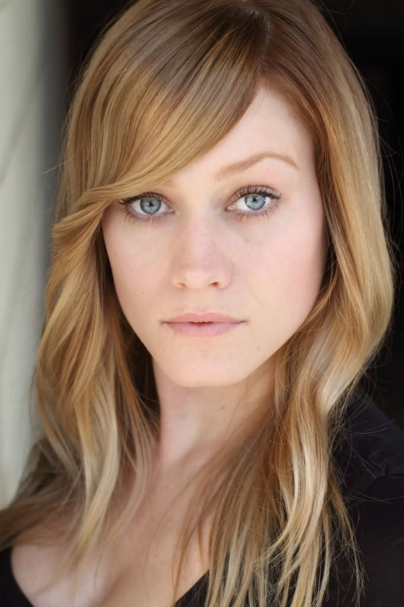 Olivia Taylor Dudley : celebscleavage