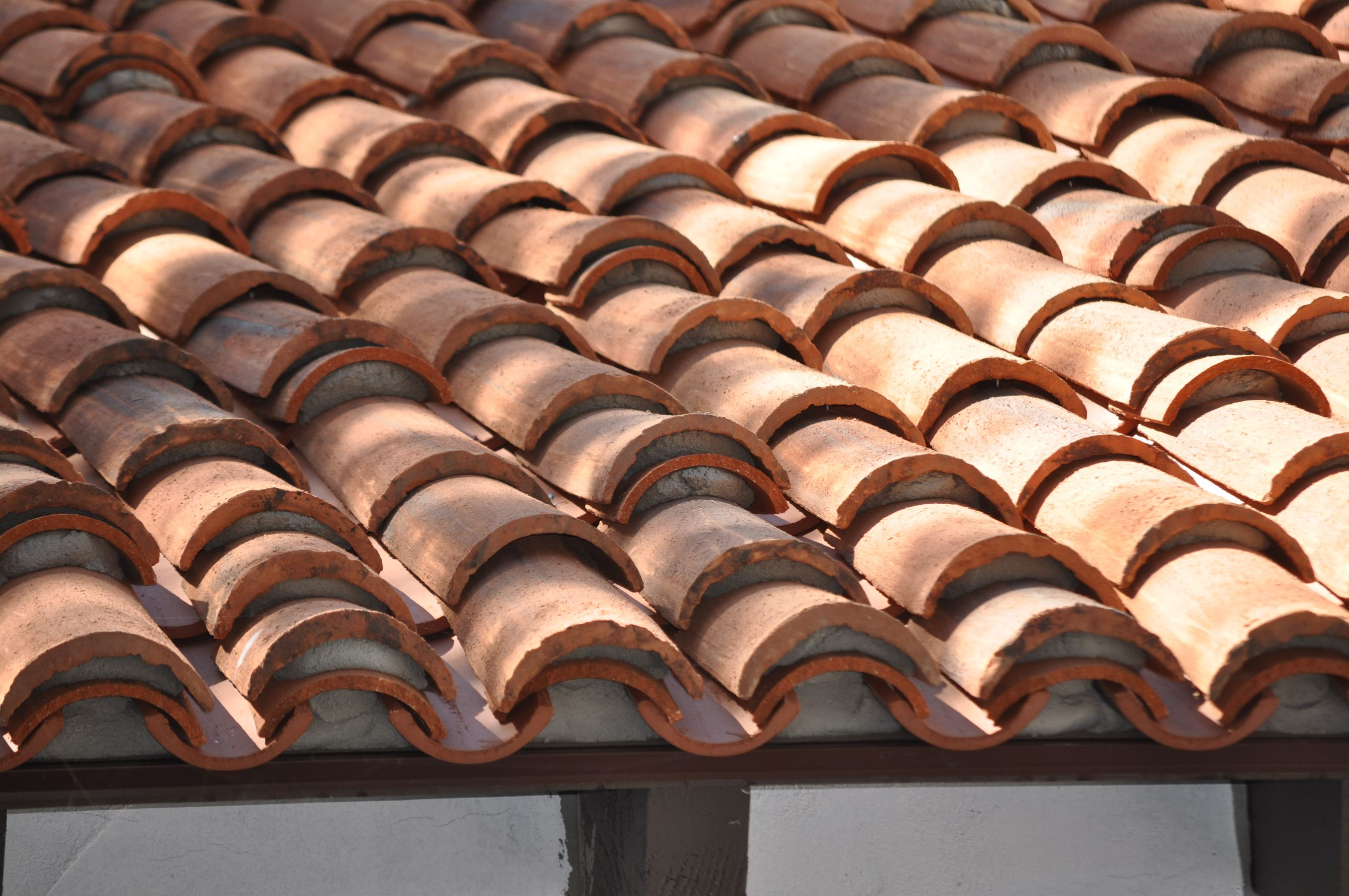 Clay tile roof eave closure cloths for glasses