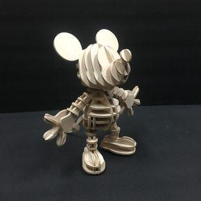 Disney Mickey Maus 3d Holz Puzzle Von Birdswoodshack Auf Etsy Mickey Birthday Mickey 3d Wood Puzzles