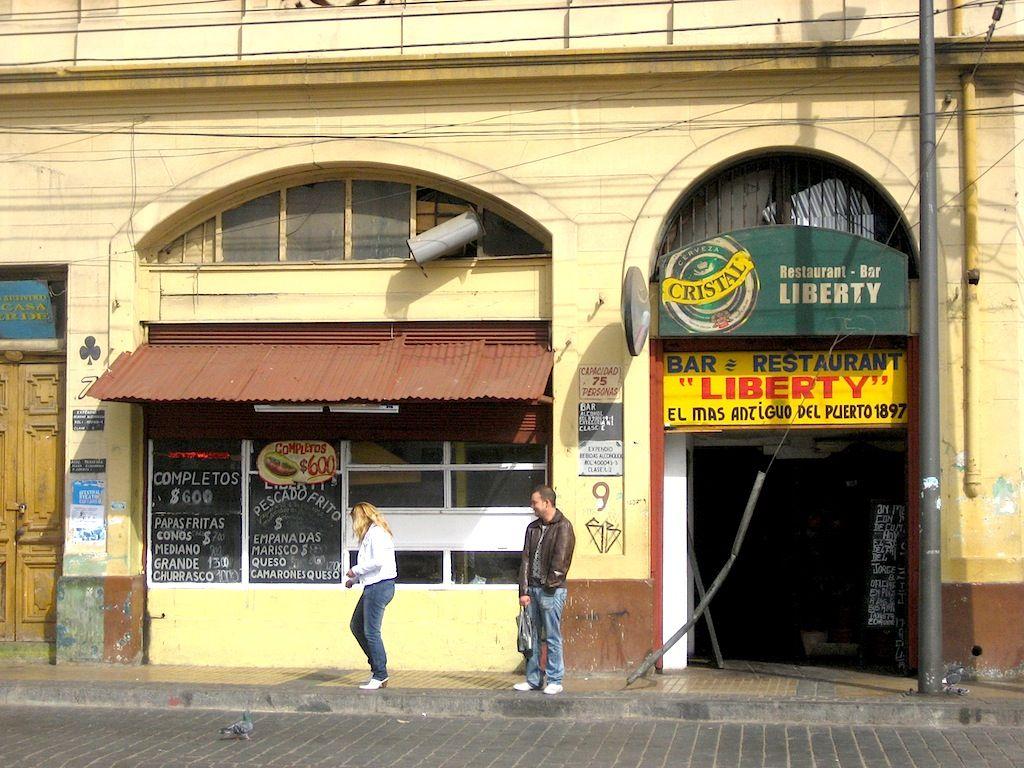 Bar Liberty, Plaza Echaurren, Valparaíso, 2008.