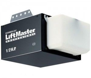 Liftmaster Offers The Contractor Series Of Garage Door Openers To Provide You The Ease Of Automatic Opening A Liftmaster Garage Service Door Garage Door Opener