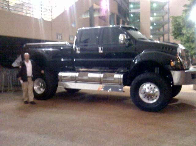massive pickup truck - 1000+ images about trucks on Pinterest  Ford 4x4, ins and ...