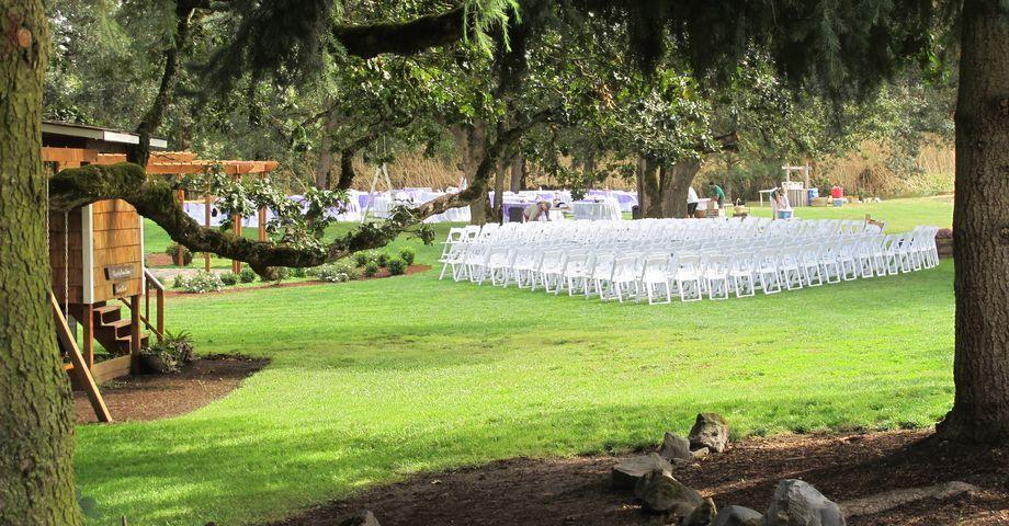 Stewart Family Farm Outdoor Weddings in Harrisburg, Oregon ...