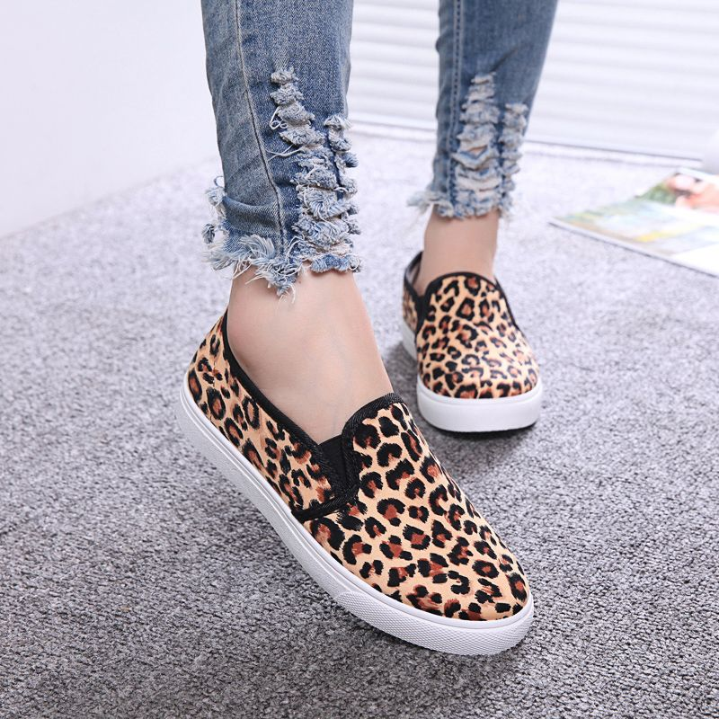 Nice Spring And Autumn Female Canvas Shoes Lazy Flat Casual Shoes Flower  And Leopard Decoration Girl Cloth Single Shoes - Cheap online shopping
