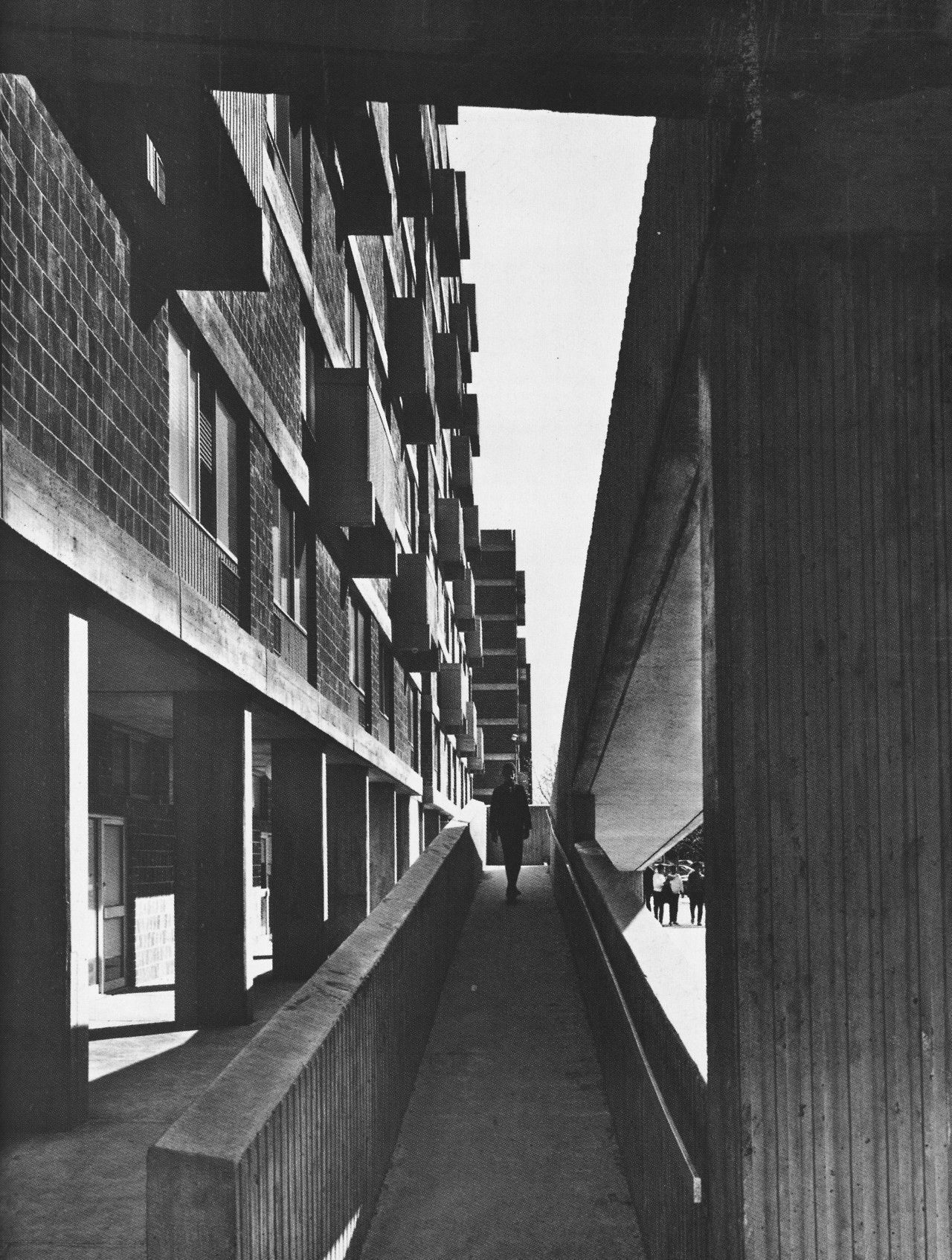 Riverbend Houses, Harlem, New York, 1960s (Davis, Brody & Associates ...