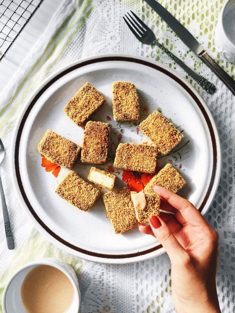 Croquette croustillante de tofu sans friture & végénaise