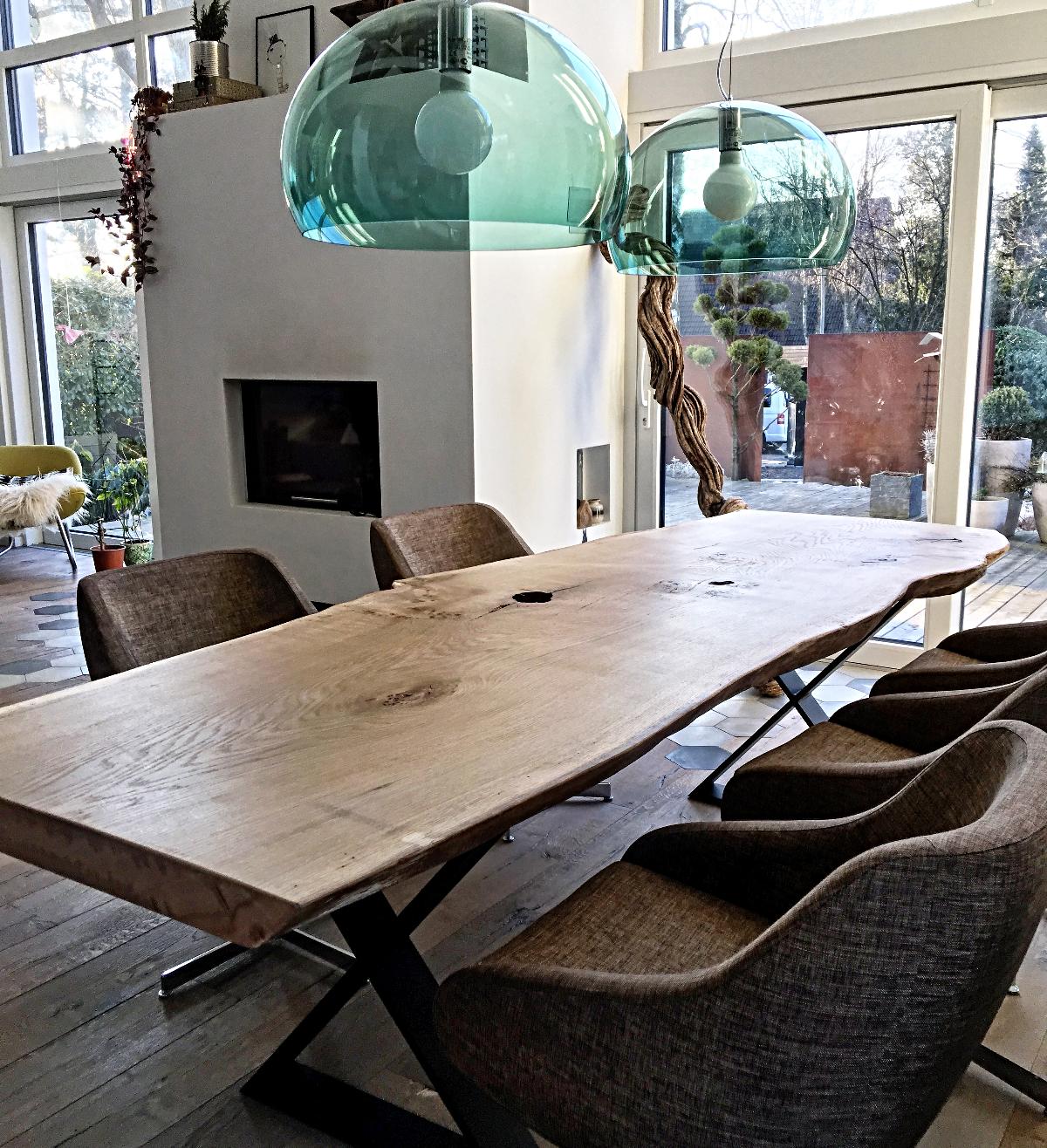 Esstisch Massivholztisch Baumtisch aus Eichenholz