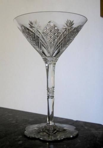 Exeptionnelle-coupe-a-champagne-en-cristal-taille-Baccarat-modele ...
