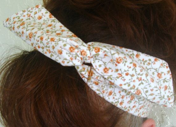 Dolly Bow 1940's Light Brown Flowers on Creme  Wire by Lorettajos, $7.50