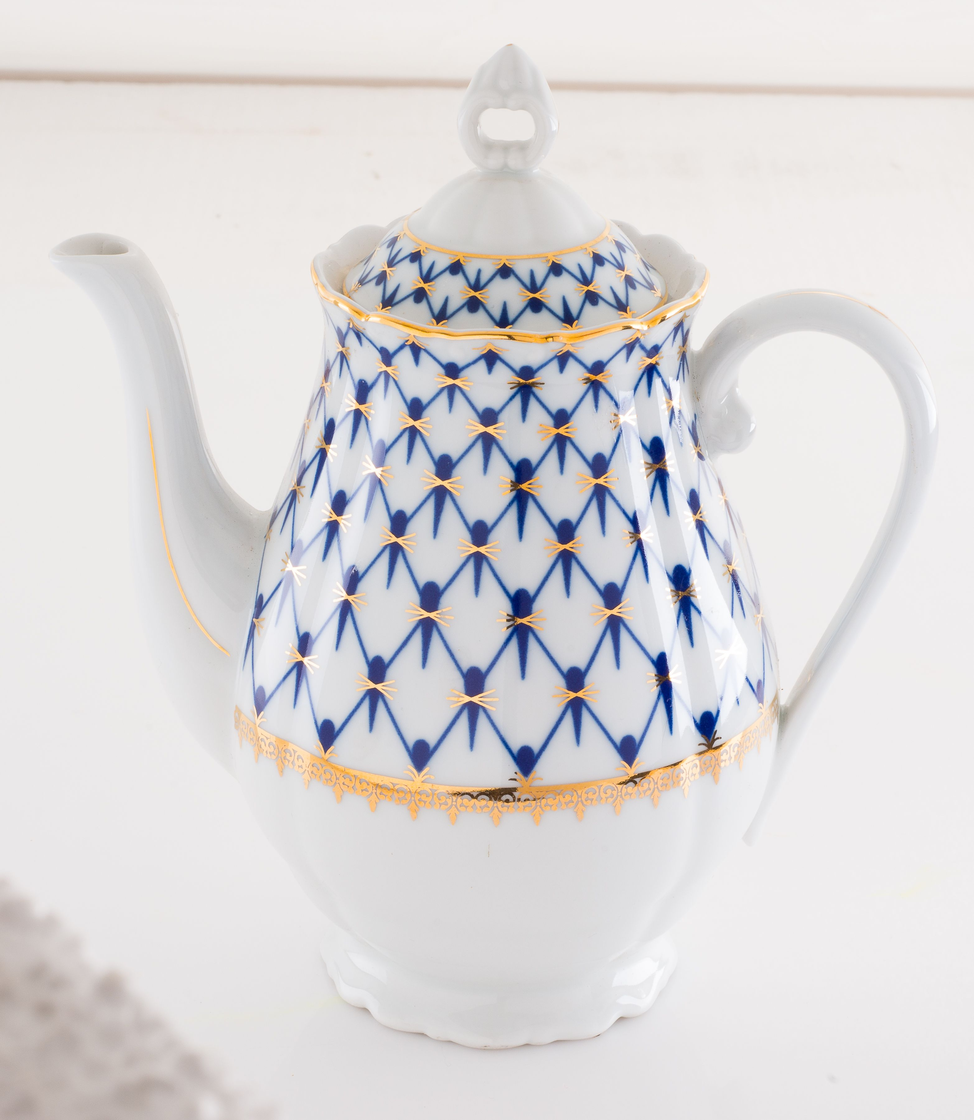 Coffeepot Tea pots, Coffee pot, Tea cups