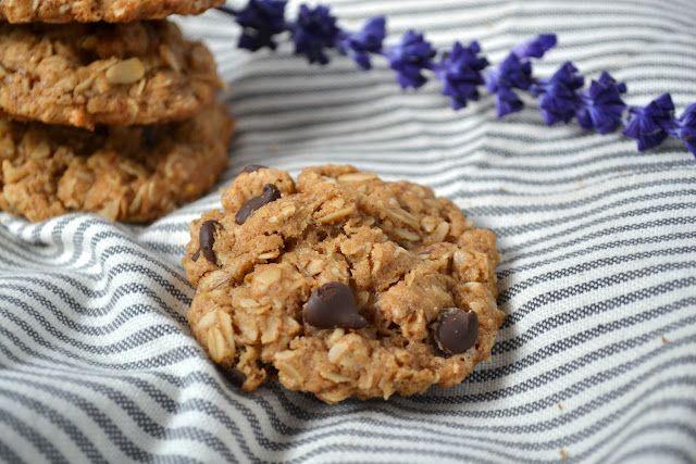 gluten-free almond butter dark chocolate chip cookies