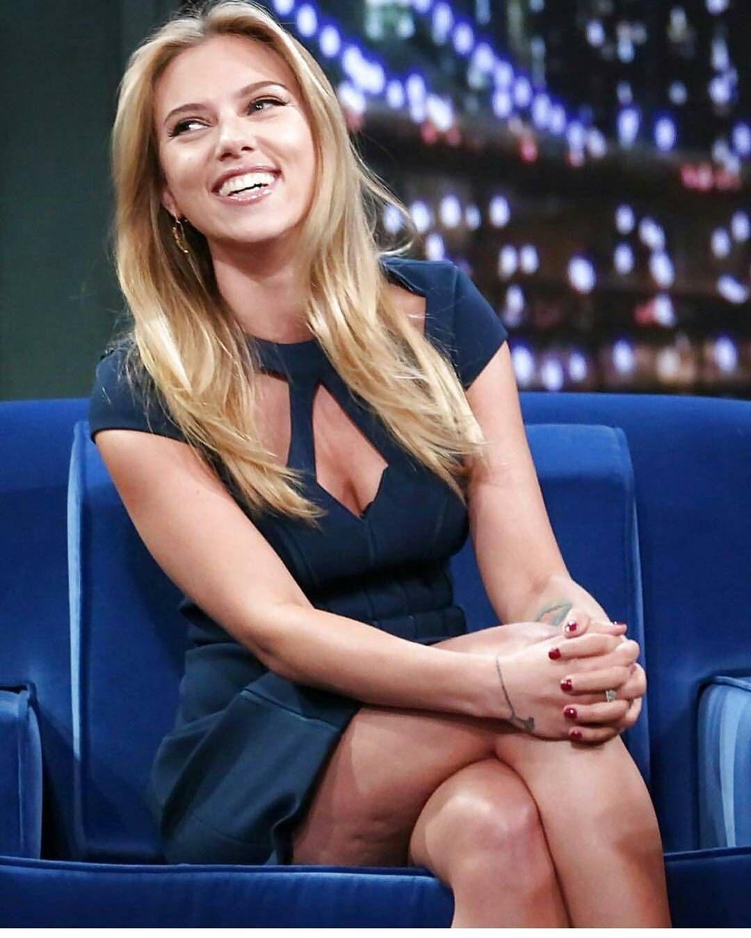 News: Scarlett Johanssons Body Talk Easy HolidayUpdos picture