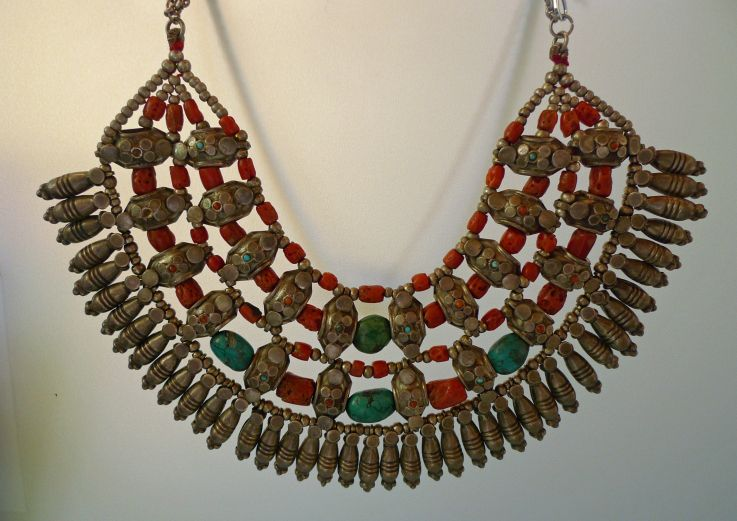 India - Pradesh Coral, Turquoise and Silver collar