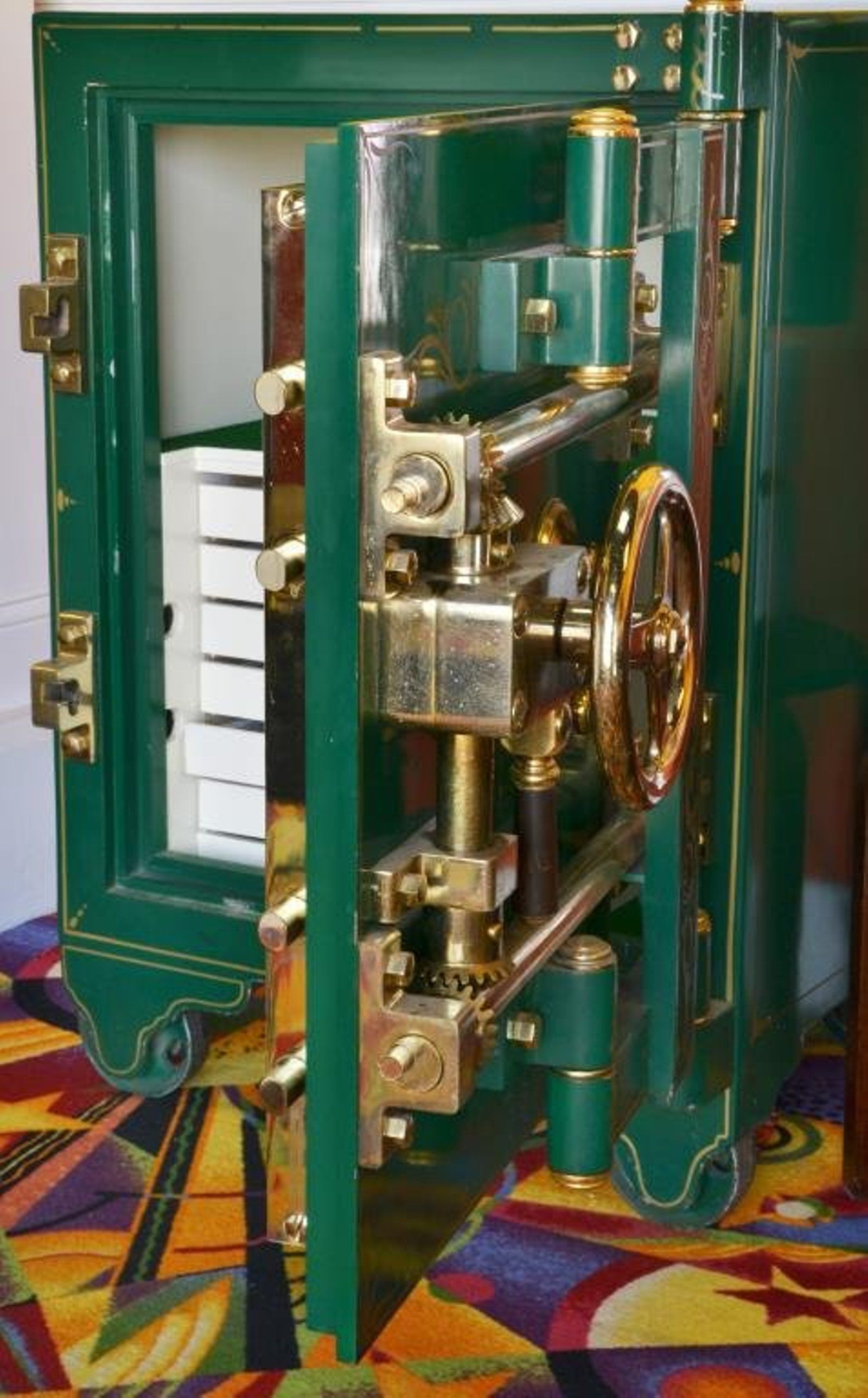 Lot An Antique Mosler Bankers Chest (Safe), Lot Number
