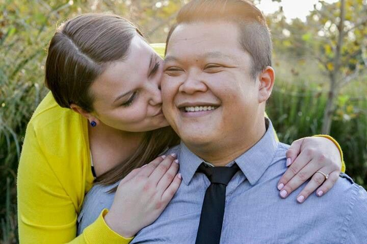 Engagement pictures photos session plus size ideas poses lighting so sweet