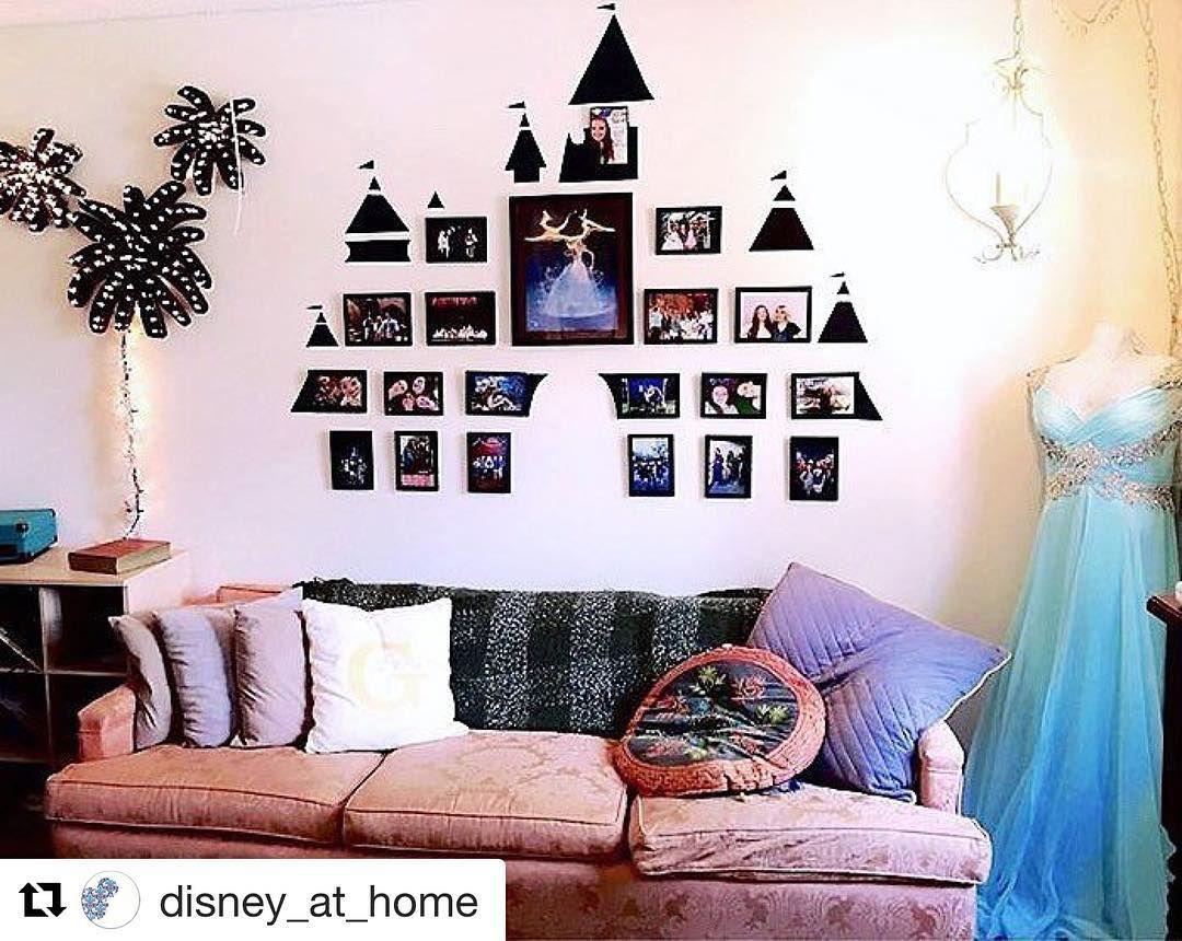 Disney photo display    Disney college Fall 2017 in 2019