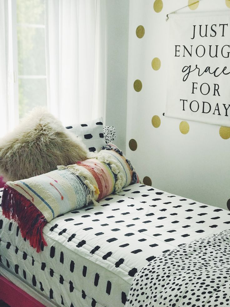 Dorm life! Beddys Bedding zips up and makes life so much easier! #bedroominspo #teenbedroom #girlsroom #beddys #zipyourbed #blackandwhite #beddysbedding Dorm life! Beddys Bedding zips up and makes life so much easier! #bedroominspo #teenbedroom #girlsroom #beddys #zipyourbed #blackandwhite #beddysbedding Dorm life! Beddys Bedding zips up and makes life so much easier! #bedroominspo #teenbedroom #girlsroom #beddys #zipyourbed #blackandwhite #beddysbedding Dorm life! Beddys Bedding zips up and mak #beddysbedding
