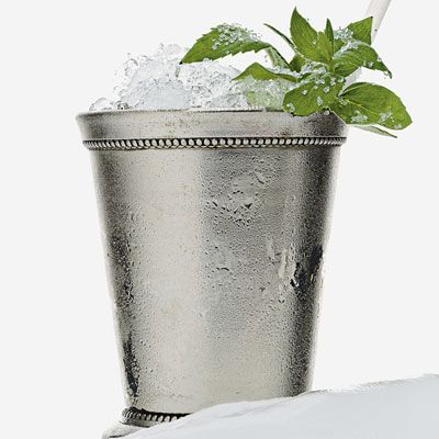The perfect Mint Julep for a Kentucky Derby Party (or just because they're awesome).
