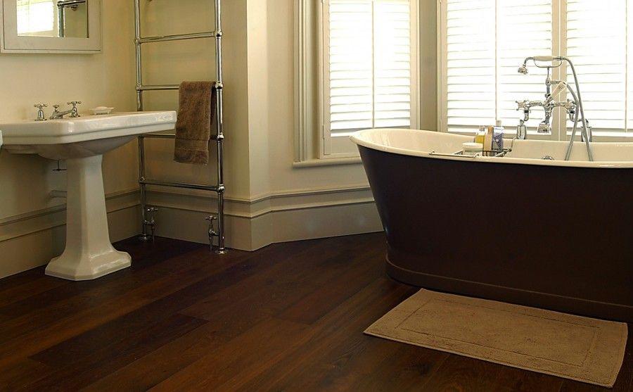 Risultati immagini per bagno con parquet scuro  Bagni