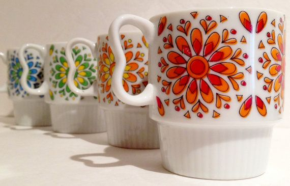 Vintage 1970s Flower Power Set of 4 Stacking Mugs by RetrouverBiz, $20.00