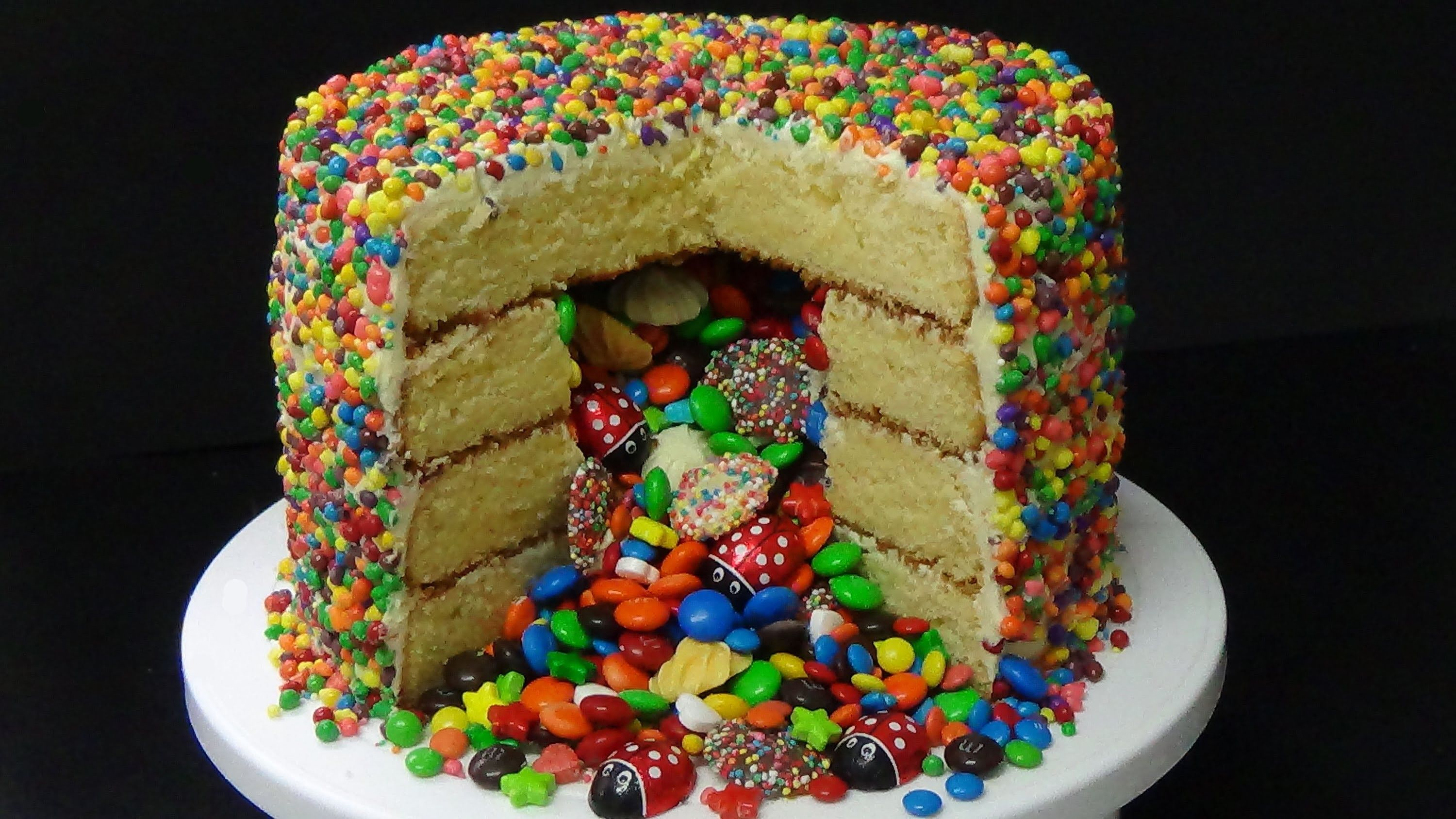 Photo of How to make pinata cake from scratch