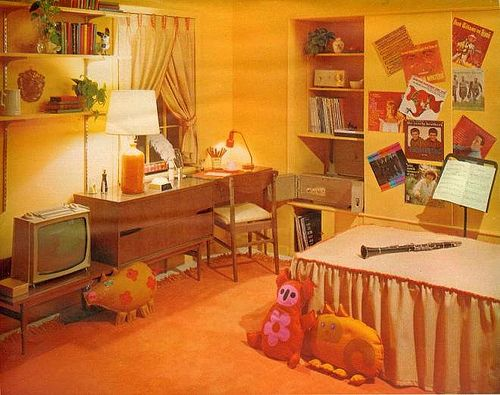 1960 s bedroom 3 by sugarpie honeybunch  via Flickr. This would be adorable for a vintage or retro kitchen decor idea