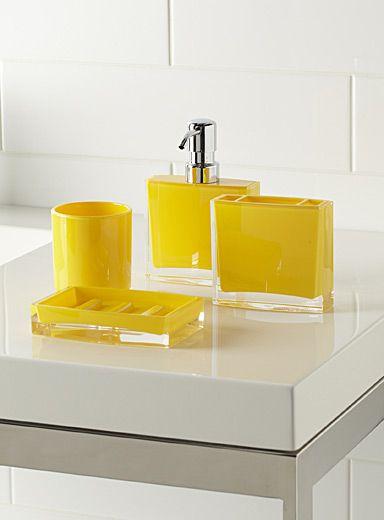 Les accessoires minimalistes jaunes accessoires salle de bain salle de bains jaune et d co - Accessoire salle de bain gris ...