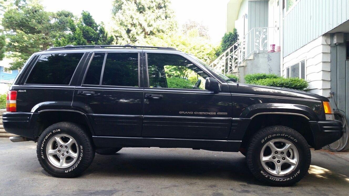 1998 Jeep Grand Cherokee 5 9 With A 3 Inch Lift And 245 75 R16 Bfg