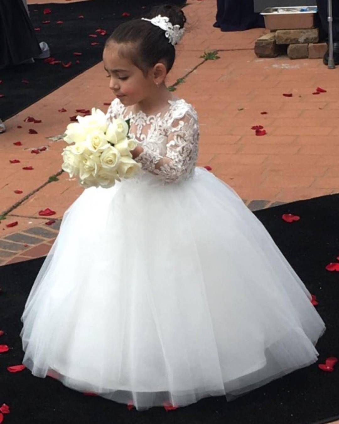 699a61cc5e White Ball Gown Flower Girl Dresses Long Lace Sleeves Floor Length Flower  Girl Dress First Communion Dress 2018 Girls Birthday Party Gowns