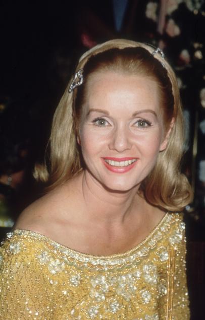 Debbie Reynolds 1932-2016 - CBS News