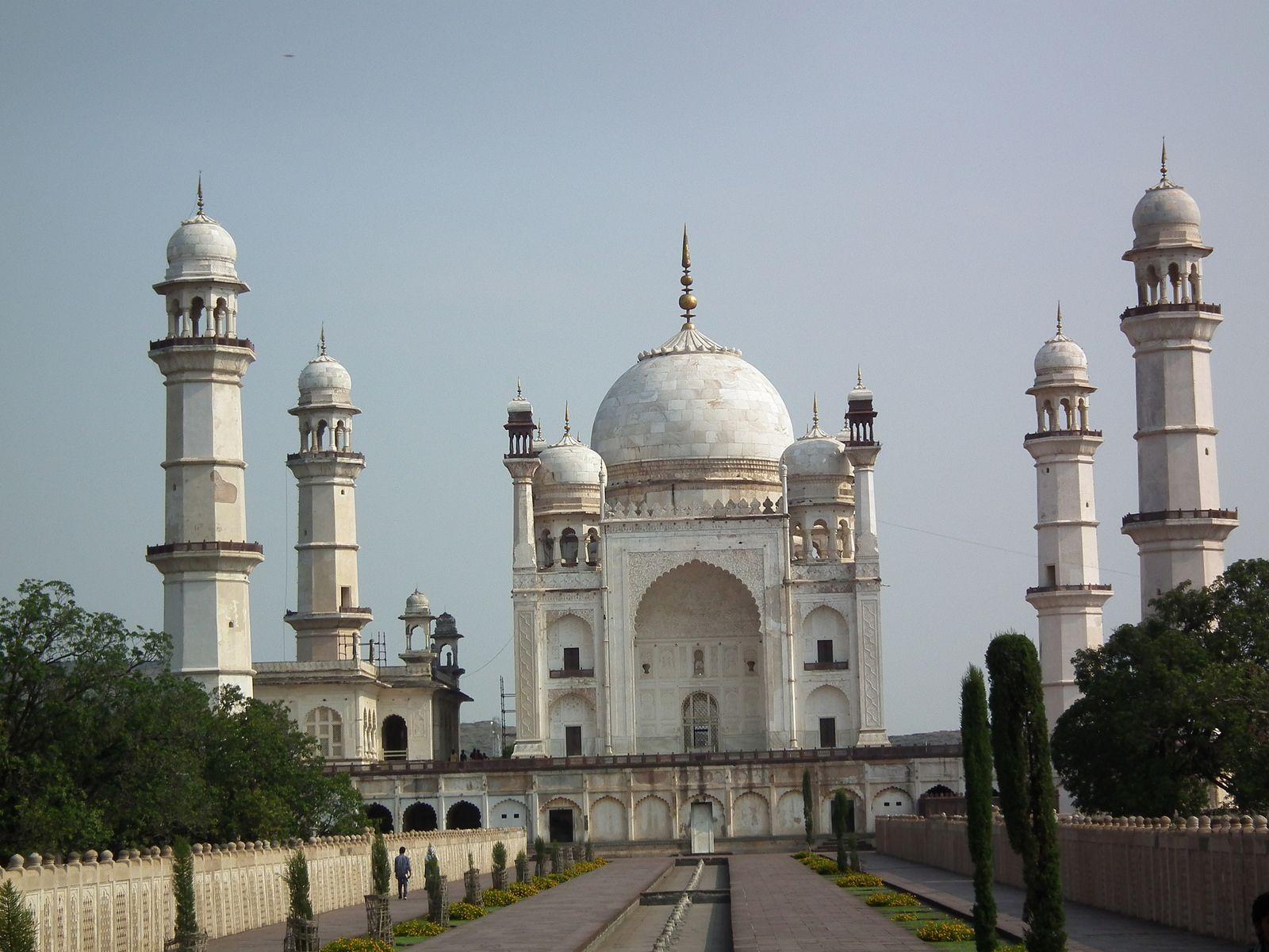 DSCF3369 Bibi Ka Maqbara mausoleum-Aurangabad | Taj mahal ...
