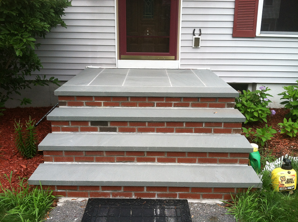 Blue stone and brick steps bluestone treads and for Brick steps design ideas