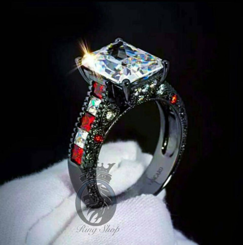 Let's Put A Ring On That Finger! These Harley & Joker Engagement Rings Are  No