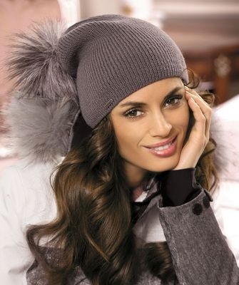 модные вязаные шапки сезона осень зима 2016 2017 фото фасонов для