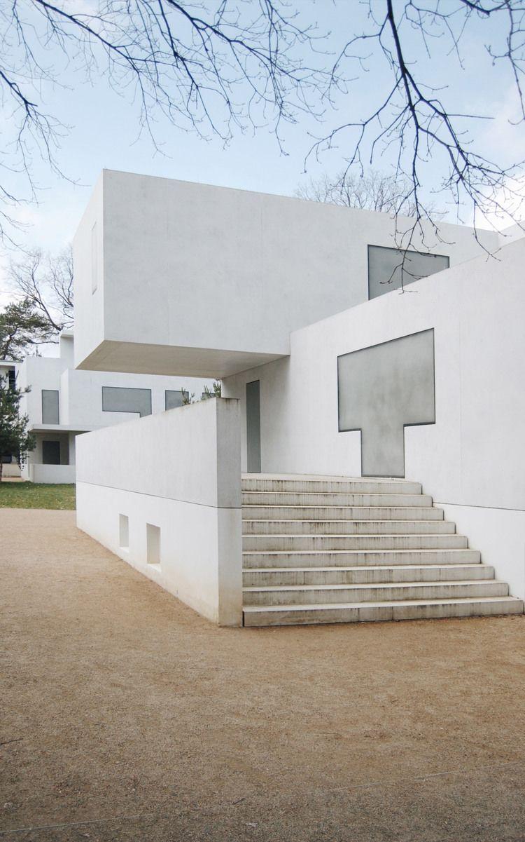 pure spaces—the new meisterhäuser in dessau Bauhaus