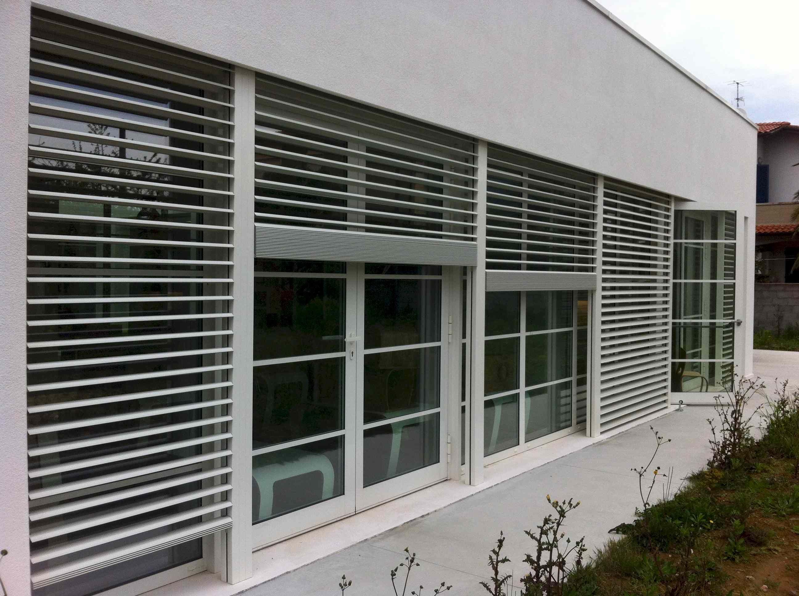 Frangisole In Alluminio Legno Scorrevoli Orientabili  ~ Ventanas De Seguridad Para Casas