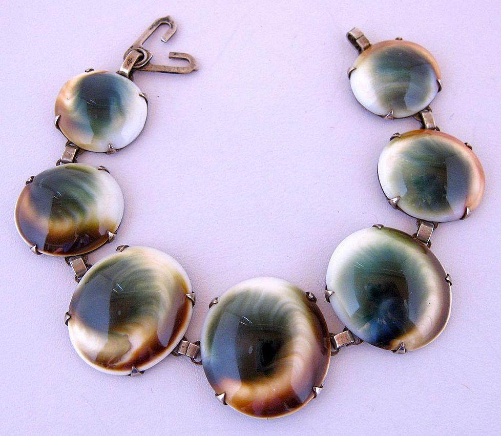 Victorian Operculums Cats Eye Shell Bracelet Shell