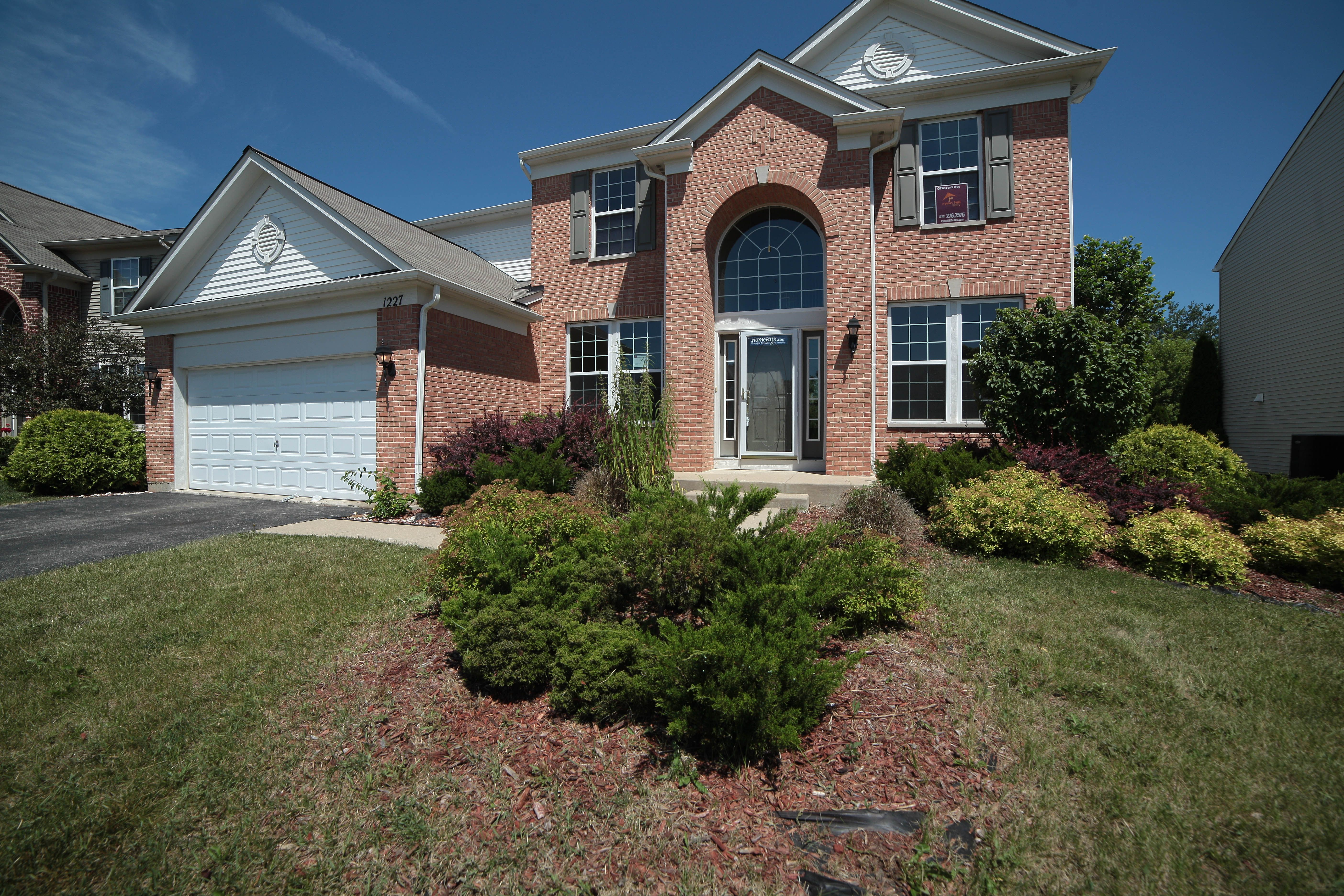 Gorgeous Brick Home Acquired In Antioch Il House Styles New Homes Home