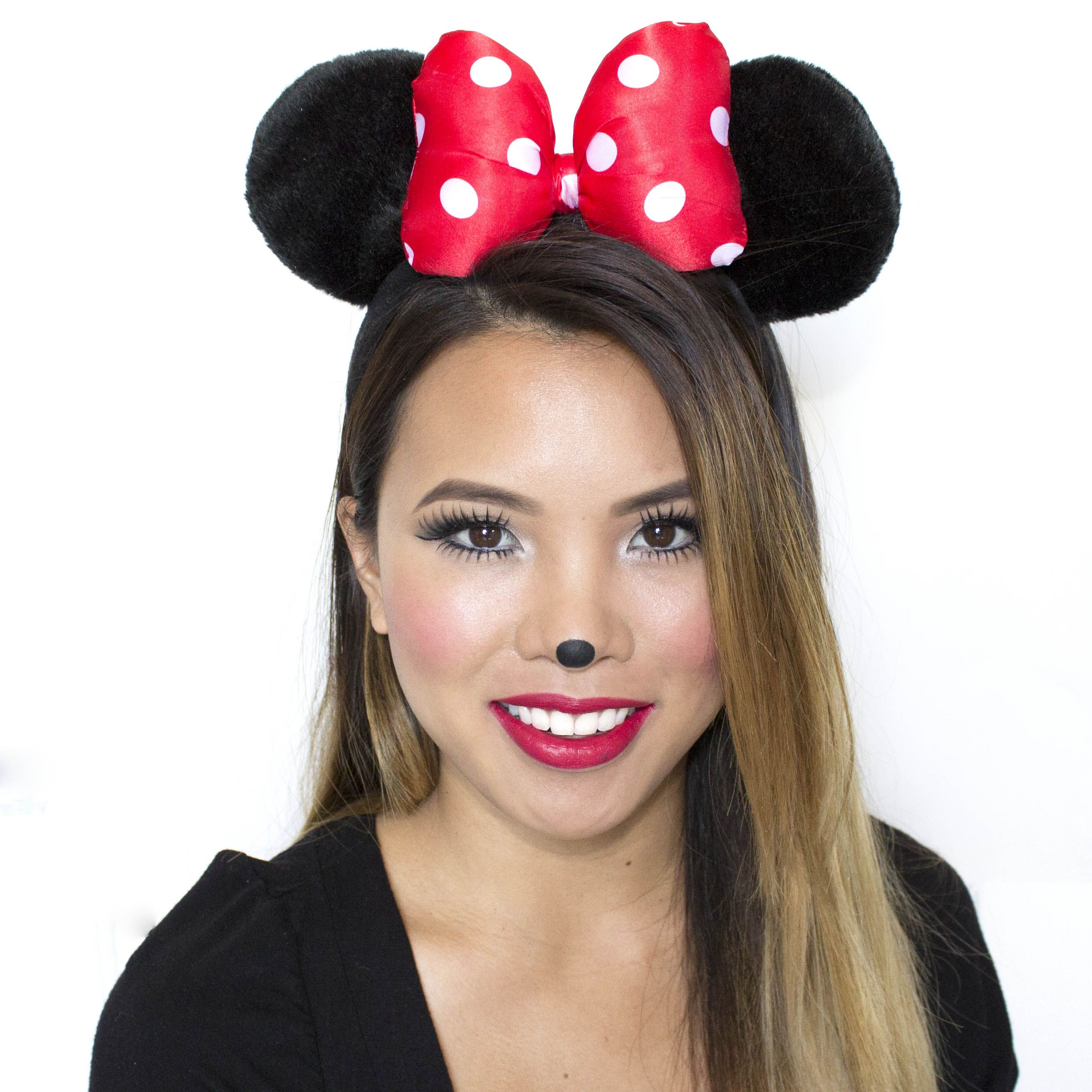 Hello Minnie Mouse! Mini mouse makeup, Halloween makeup