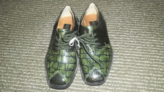unique,boys,sz.11,robert chillini,green/black alligator textured styled dress shoes!nwob fancy!: http://www.outbid.com/auctions/10348-fashion-s-first-retro-retail-groovy-gadgets-express-your-innerself-jewelry#54