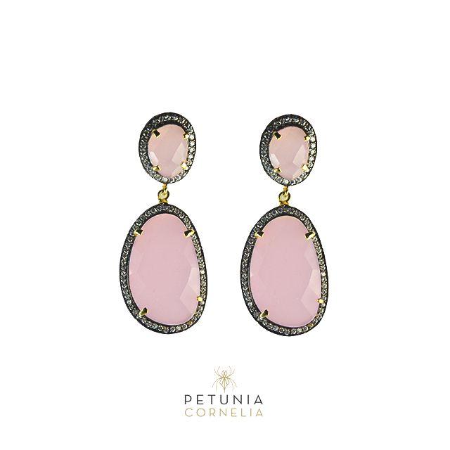 Handmade fine jewelry. Semiprecious stones and Swarovski crystals. #earrings #finejewelry #jewelry  #swarovski   Order today: petuniacornelia@hotmail.com