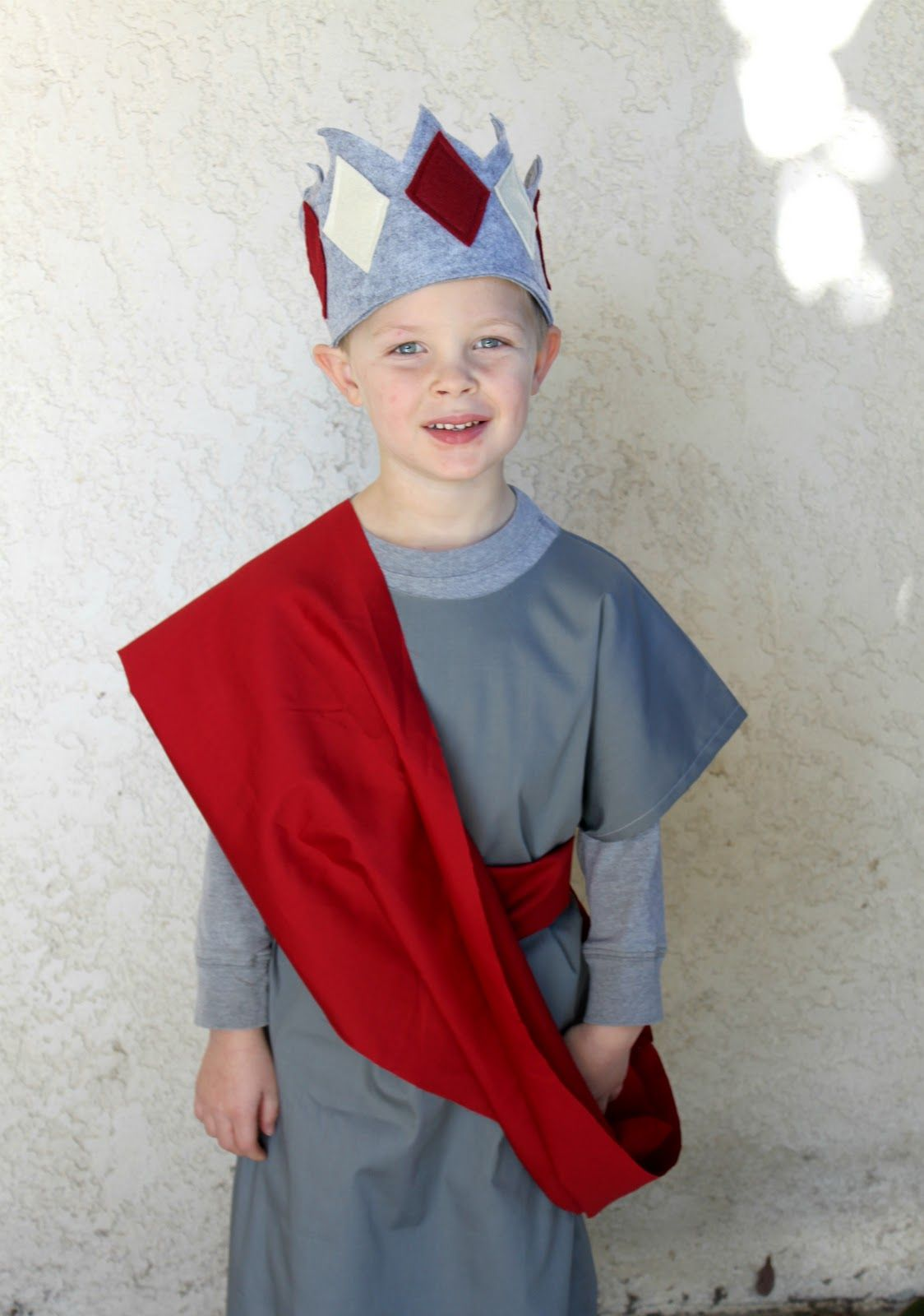 How To Make A Crown Easy kids costumes, Nativity