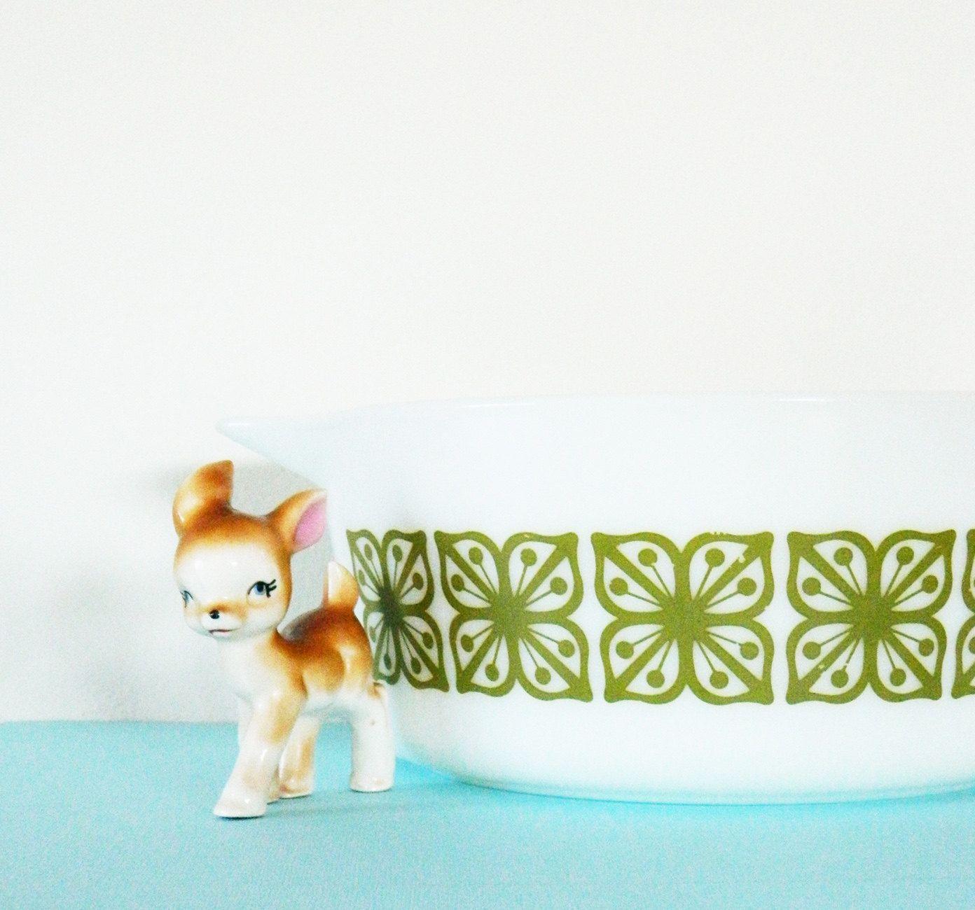 Mod Moss Floral Pyrex Dish | Amelia Bedelia Vintage | Pinterest ...
